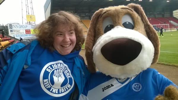Robyn Reid with a mascot