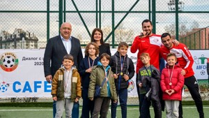 Tournament held in Bulgaria to raise funds for deaf and hard of hearing children