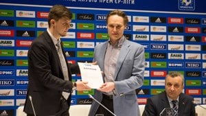 NSC Olimpiyskiy stadium launches audio-descriptive commentary, presented with CAFE special award